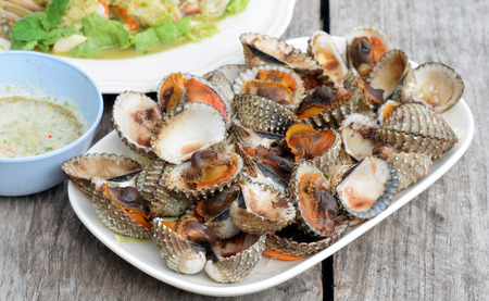 grill: Cockles grill