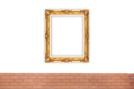Or Picture Frame sur la couleur jaune du mur. Banque d'images - 62157469
