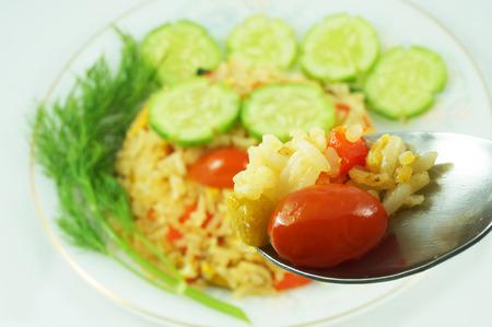 ベジタリアン炒飯、食欲をそそる色。高栄養価値があります。