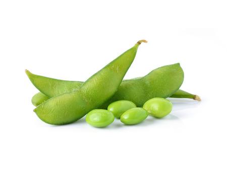 白い背景の上の緑大豆 写真素材