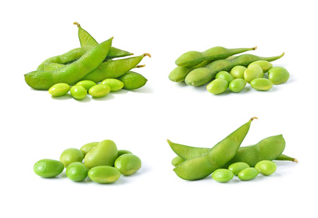 green soybeans on white background 스톡 콘텐츠