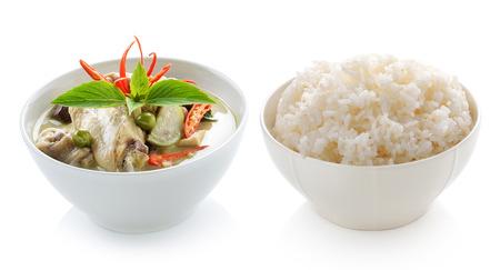 Thai food chicken green curry and rice on white background Standard-Bild