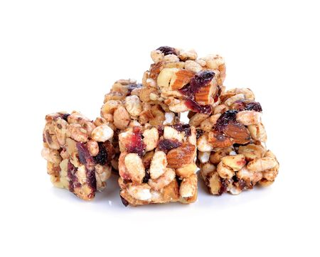 barra de cereal: barra de cereal aislado en fondo blanco