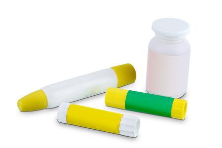 Klebestift isoliert auf weißem Hintergrund mit Beschneidungspfad