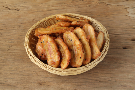 Fried banana,Thai dessert style,serving with beverage will more dilicious