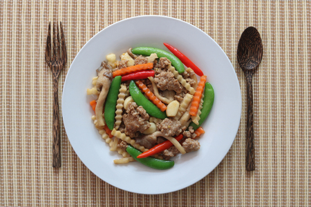 Stir fried minced pork with vegetables top view Archivio Fotografico
