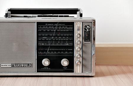 transistor: Sanyo Transworld onda corta m�ltiples radio de transistores banda es uno de la radio colector-querido de la vendimia.
