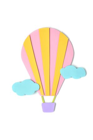 Hot air balloon paper cut on white background - isolated Banque d'images