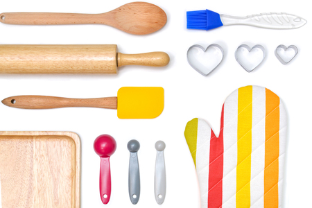 Baking utensils from top view on white background - isolated Banque d'images