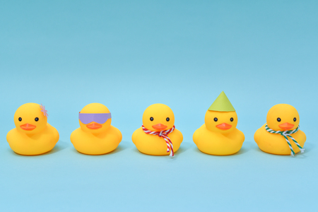 Diversity concept, Difference rubber ducks manage to line up 免版税图像