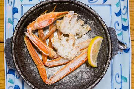 Grilled Echizen crab with lemon, Japan 版權商用圖片