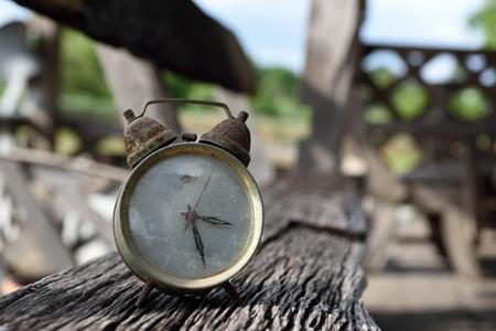 grabado antiguo: Reloj antiguo