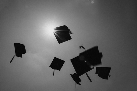 Black and white photos Of university graduates Imagens