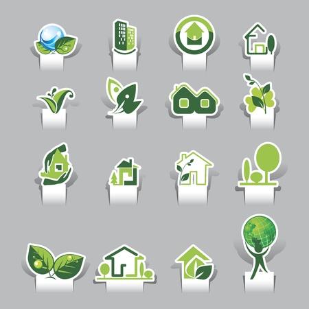 maison solaire: Papier coup� ic�nes �cologiques Illustration