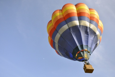 hot balloon on blue sky photo