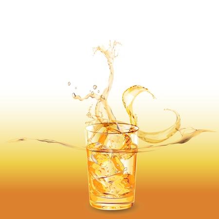 cubos de hielo: vaso de whisky con cubitos de hielo salpica hacia fuera Vectores