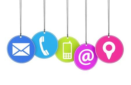 Sitio Web de Internet concepto contacto p�gina con iconos de colores etiquetas colgadas aislados sobre fondo blanco