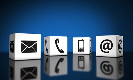 Web 連絡やメール、携帯電話、アイコン、シンボル反射と背景のウェブサイト、ブログの青キューブと基幹業務のインターネット接続概念。