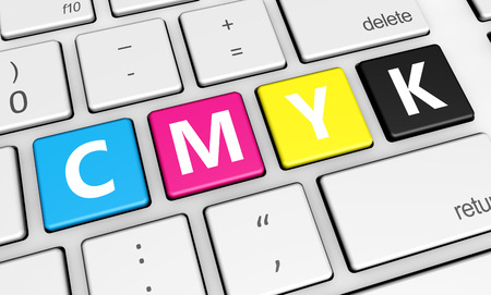 Cmyk digitale offset drukwerk en grafisch ontwerp concept met de kleuren en letters op een computer laptop 3d illustratie voor blog, winkel en online business. Stockfoto