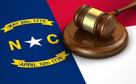 justicia: La ley de Carolina del Norte EE.UU. estado, código, el sistema legal y el concepto de la justicia con un 3d de un martillo en la bandera de Carolina del Norte en el fondo.