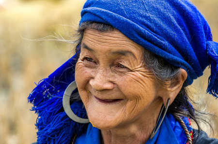 mam: MU CANG CHAI - SEP 25 : Undefined Vietnamese Hmong in rice terrace on september 25, 2015 at mam xoi of mu cang chai district,Yenbai province, northwest of Vietnam.