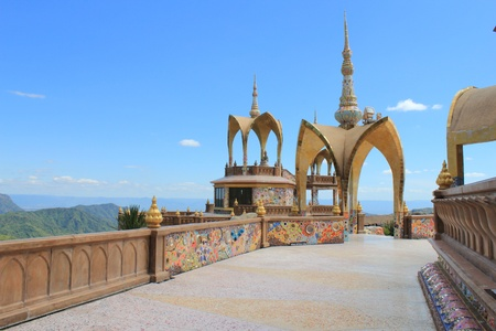 unearthly: Wat Pha Sorn Kaew .The most spectacular temple in Thailand