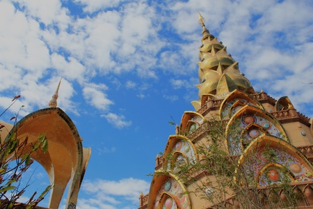 spectacular: Wat Pha Sorn Kaew .The most spectacular temple in Thailand