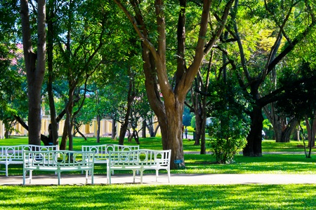 0 6: Relaxing in the park, the palaces Maruekhathayawan  Created during the 0 6 to Huai Sai Nua, Cha-Am, Phetchaburi Province