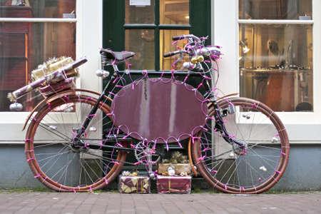 decorated bike: Decorato bici Natale nei Paesi Bassi