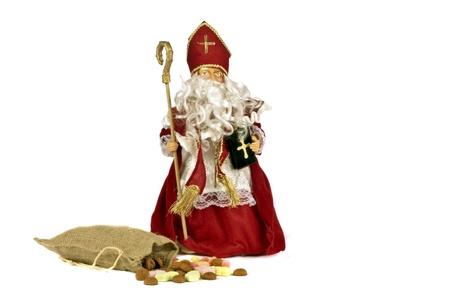 Kerstman met een zak vol pepernoten voor 5 december feest in Nederland