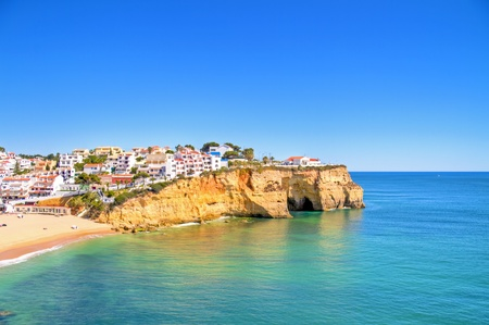 Het dorp Carvoeiro in de Algarve Portugal