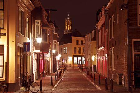 dom: Ville pittoresque d'Utrecht aux Pays-Bas avec la tour de Dom