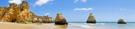 tres: Panorama from natural rocks at Praia Tres Irmaos in Alvor Portugal