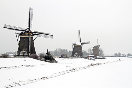 Historical windmills in the countryside from the Netherlands Stock Photo - 21126234