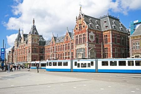アムステルダムの中央駅 報道画像