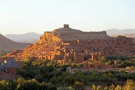 De versterkte stad van Ait Ben Haddou de buurt van Ouarzazate Marokko aan de rand van de Sahara woestijn in Marokko Beroemd voor het gebruik als een set in vele films zoals Lawrence of Arabia, Gladiator Stockfoto
