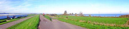 tortillera: Panorama desde el dique cerca de Amsterdam en los Pa�ses Bajos