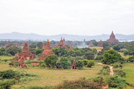 미얀마 바간의 고대 사원
