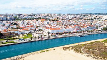 Luchtfoto van de stad Lagos in de Algarve Portugal