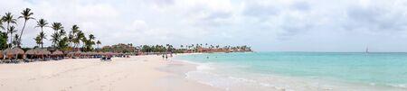 Panorama van Druif-strand op het eiland van Aruba in de Caraïbische Zee Stockfoto