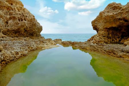 Praia Tres Irmaos in Alvor in the Algarve Portugal Standard-Bild - 123552774