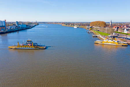 Aerial from ferries on the river Lek near Schoonhoven in the Netherlands 免版税图像