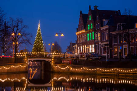 City scenic from the city Dokkum in christmas time in the Netherlands 新闻类图片