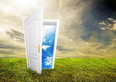 életmód: Nyílt ajtó az új élethez a pályán. Remény, siker, új élet és világkoncepciók. A koncepció más eredeti verziói elérhetők portfoliónkban.