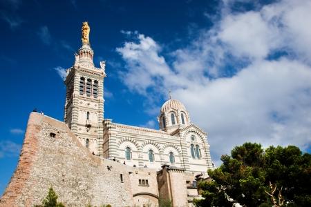 garde: Notre Dame de la Garde in Marseille, France.