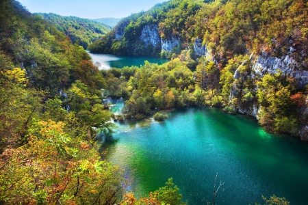 plitvice: Lakes in forest. Crystal clear water. Plitvice lakes, Croatia