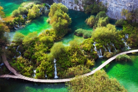 plitvice: Waterfalls, lakes in forest. Crystal clear water. Plitvice lakes, Croatia