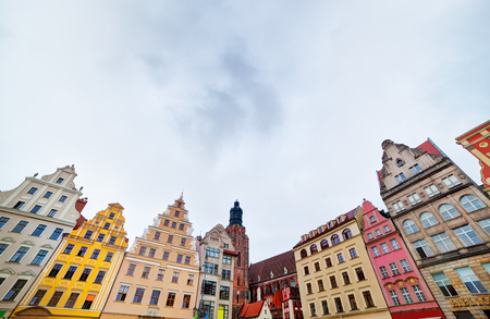 polska monument: Wroclaw, Poland. The market square with colorful historical buildings. Silesia region.