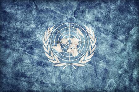nazioni unite: Grunge bandiera delle Nazioni Unite, trama di carta pergamena. ONU