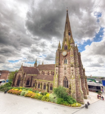 bull ring: St Martin in the Bull Ring church in Birmingham, England, the UK. Wide angle